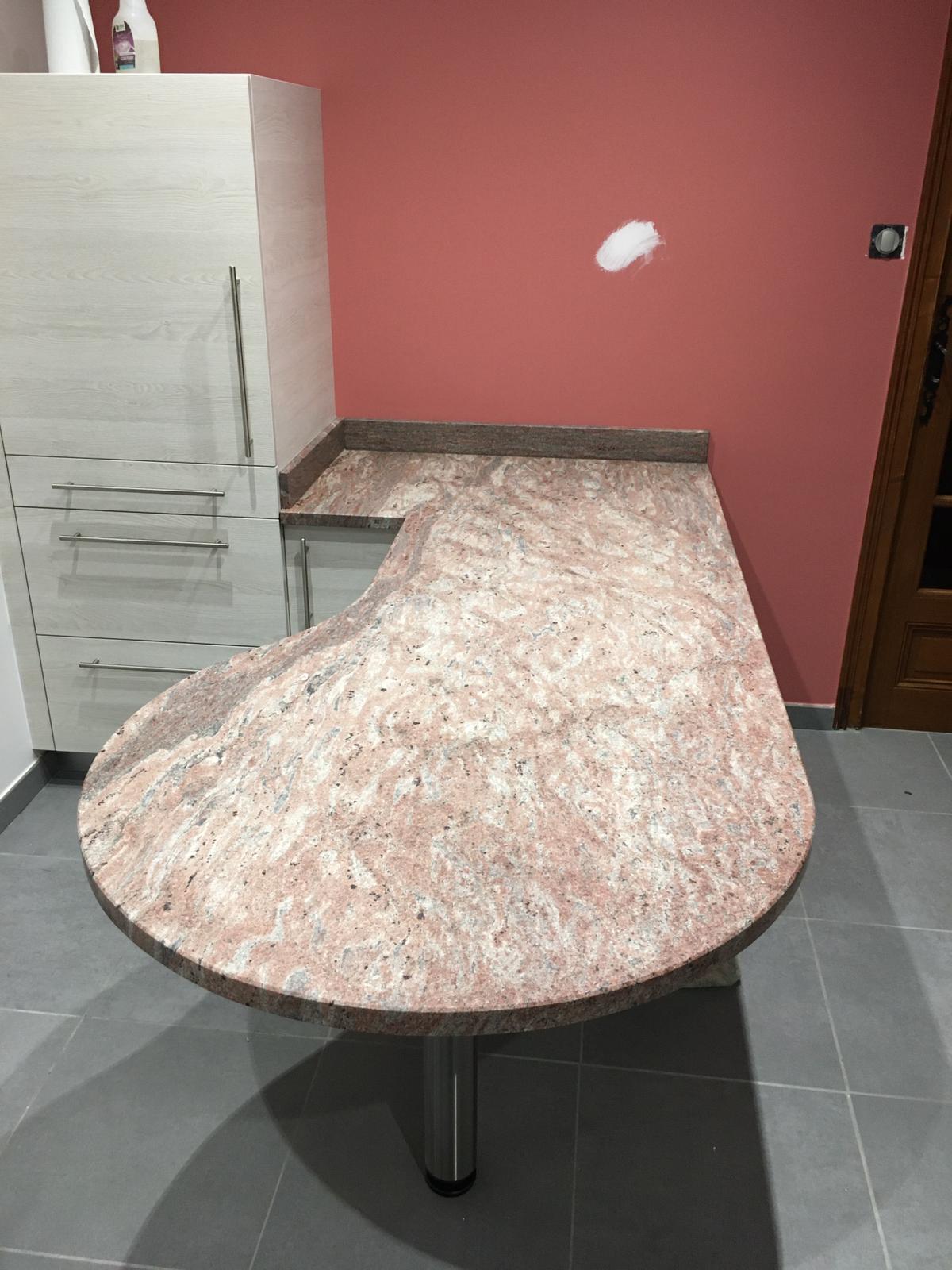 Plan De Travail Granit Loire pierre et marbrerie à yssingeaux, haute loire - ets sarda